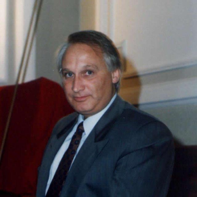 Dr. Jorge Vargas
